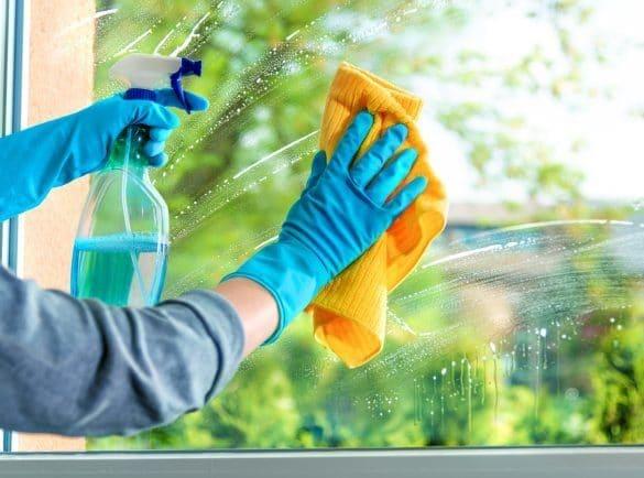 Πως να καθαρίσετε τα παράθυρα σας